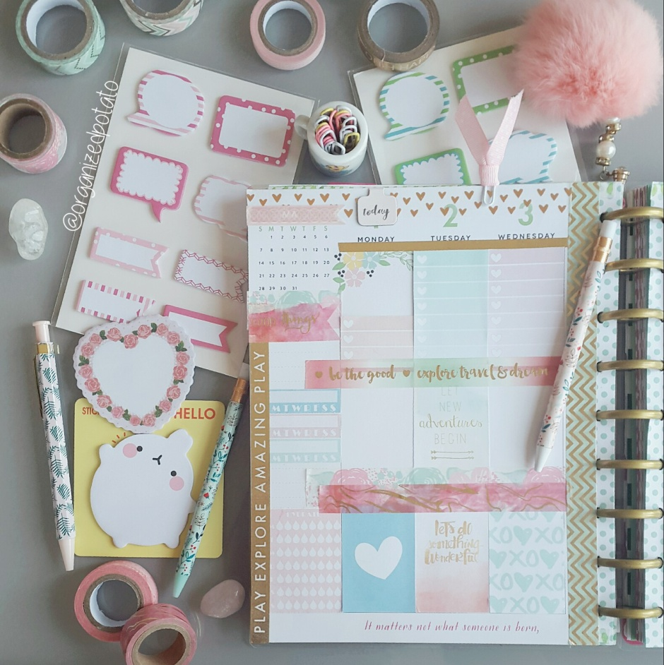 Cute Kawaii Pastel Weekly Planner Spread