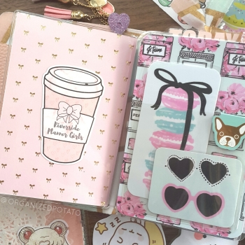 Kawaii Travelers Notebook by @organizedpotato #kawaii #pastel #pink #riversideplannergirls #frenchbulldog #macarons #hearts #bows #TN #travelersnotebook #bujo #bulletjournal #bujoinspo